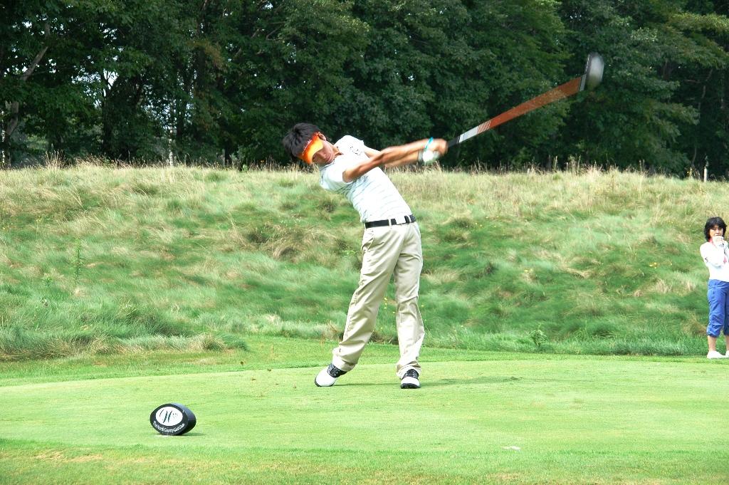 平成22年度(第44回)<b>北海道オープンゴルフ選手権競技</b>: ニセコより